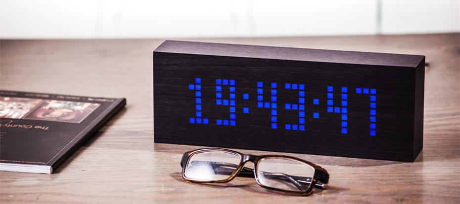 Message Click Clock