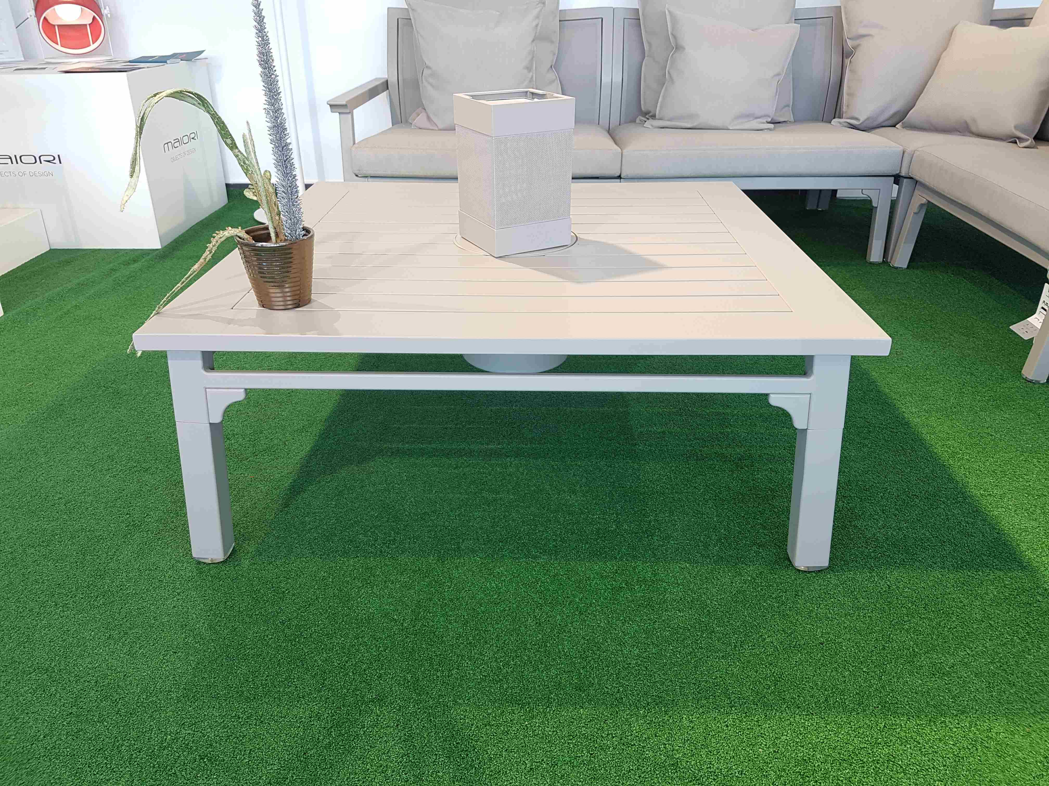 table basse classique offital. Black Bedroom Furniture Sets. Home Design Ideas